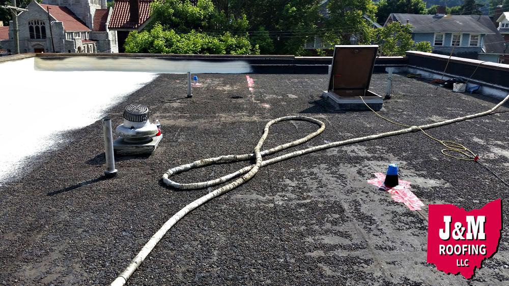 spray polyurethane foam roof coating services