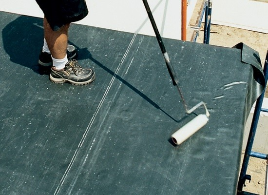 Rubber Roofing Materials for Flat Roofs