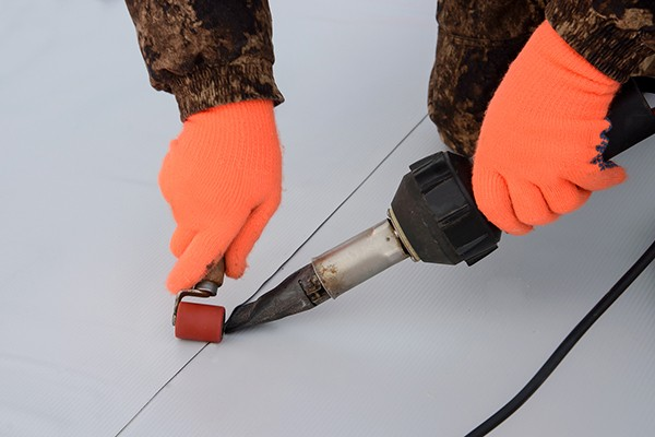 Installing TPO on a flat surface